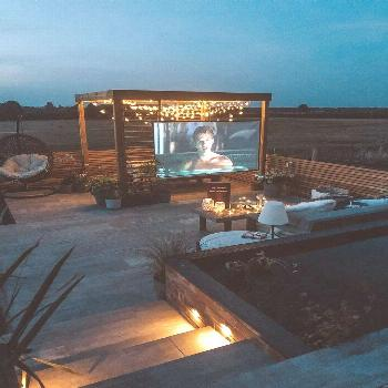 How To Create Your Own Outdoor Cinema - How To Create Your Own Outdoor Cinema -
