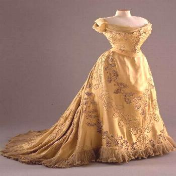 1902 Oak Leaf dress designed by House of Worth for Chicago born Lady Mary Curzon (Vicereine of Indi