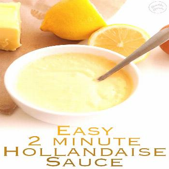 Easy Hollandaise Sauce | This simple 2 minute easy hollandaise sauce is delicious and stress free.