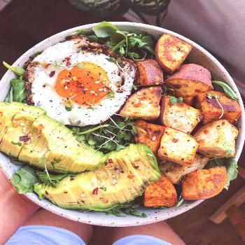 Greens, Sweet Potato, and Fried Egg Bowl- feedfeed-#Bowl