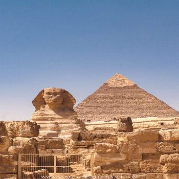 The 20 best places to visit in Egypt [and when is the best time] The famous Sphinx near the Pyramid