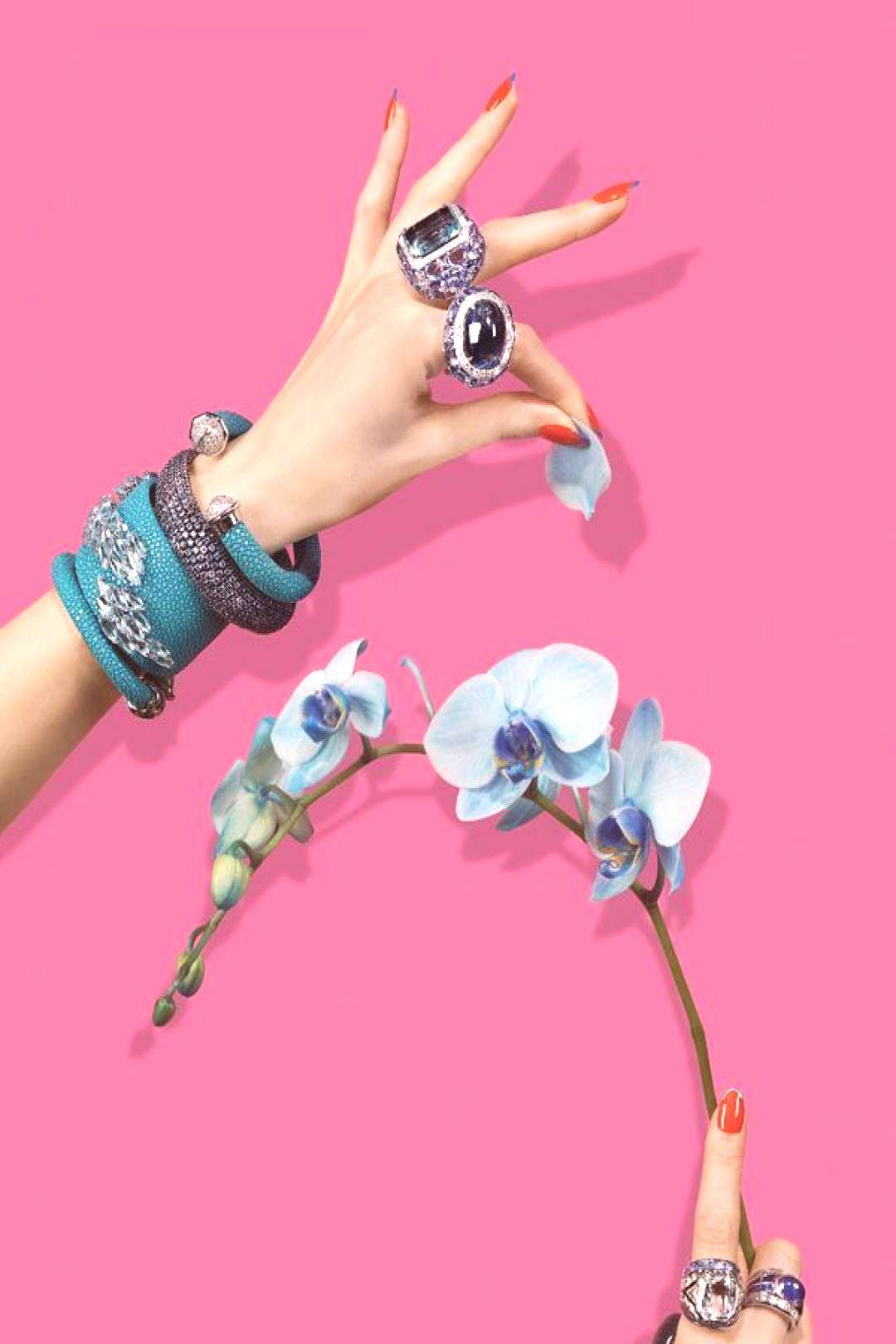 Blue jewelry editorial ideas for the content of jewelry stores - for ... - -