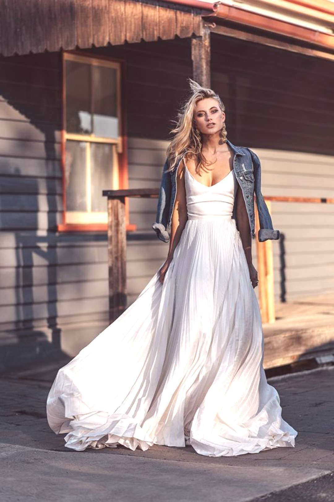 BRIDAL GETS WITH A DIFFERENCE // ... - Wedding dress styles - Memetko Blog#blog