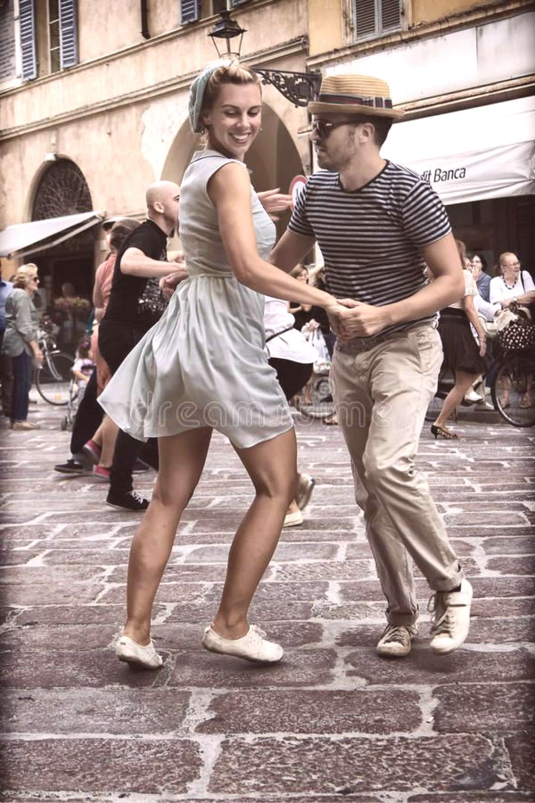 Lindy Hop Flash Mob editorial photo. Image of demonstration - 33649681#demonstration