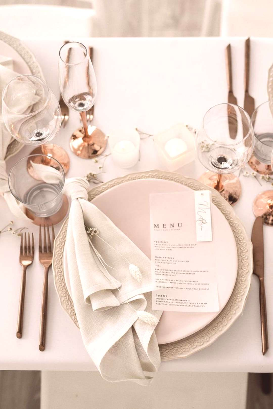 Modern Crisp White Wedding Editorial thats Warm and Inviting and ALL Gorgeous ..., Modern Crisp W