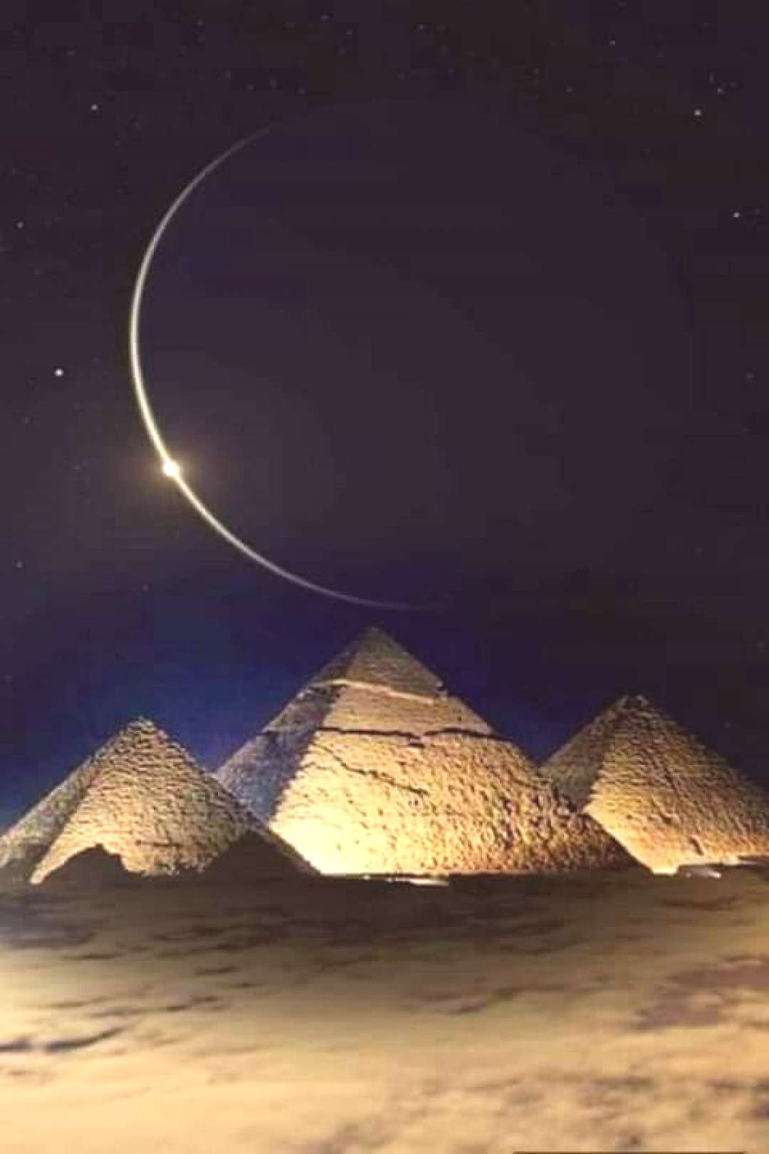Moon over the pyramids - simply fantastic - Moon over the pyramids – simply fantastic -